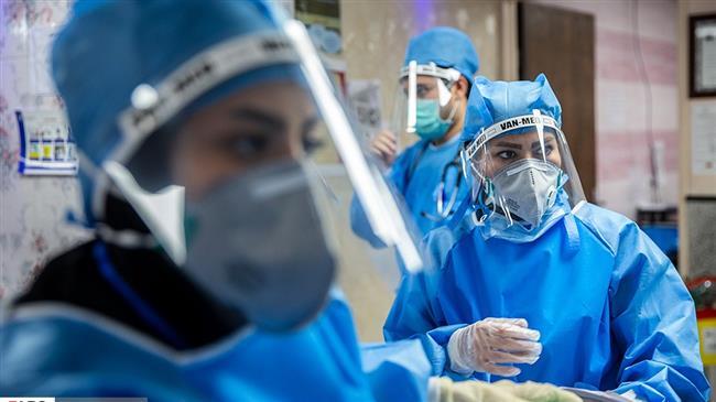 Photo of مدیر پرستاری دانشگاه علوم پزشکی شهید بهشتی: پرستارانی که حین خدمت به کووید ۱۹ مبتلا می شوند باید حق ایثارگری دریافت کنند